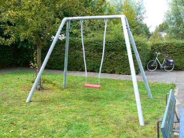 Swing Metal Frame (single), Schommels, Speeltoestellen   LARS LAJ ...